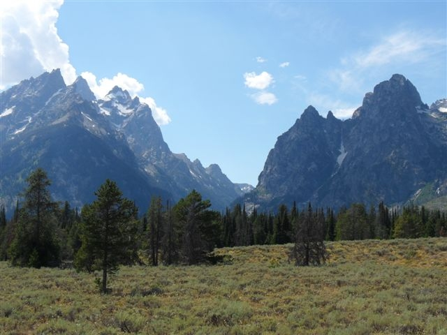 photo of the Grand Tetons in Wyoming taken by Martin Pierce Hardware
